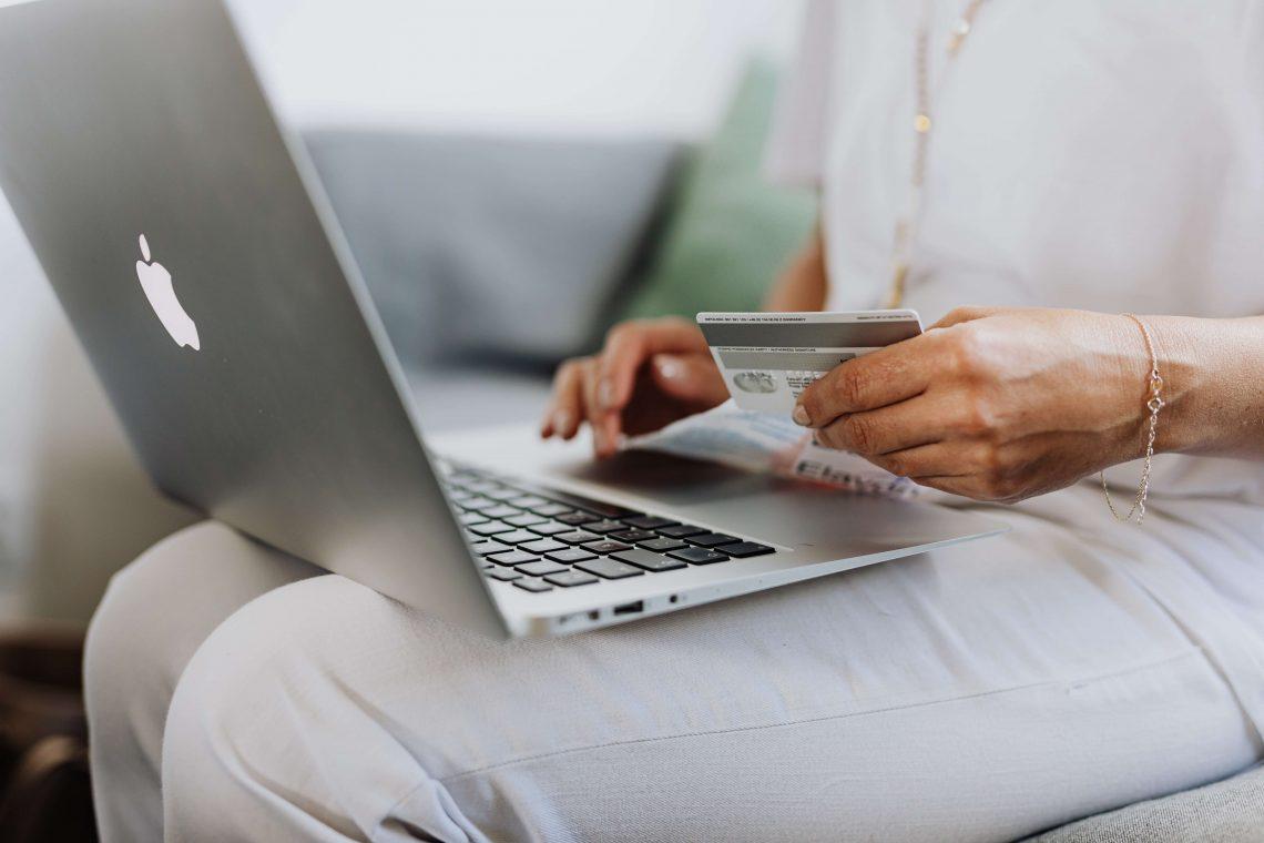 Waar je op moet letten bij online meubels shoppen